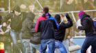 Basler Hooligans, vorne, gegen Aarauer Hooligans / Fans nach dem Fussball Meisterschaftsspiel der Super League zwischen dem F