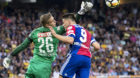 22.07.2017; Bern; Fussball Super League - BSC Young Boys - FC Basel;Torhueter David von Ballmoos (YB) gegen Ricky Van Wolfsw