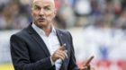Grasshopper Trainer Carlos Bernegger waehrend dem Fussball Meisterschaftsspiel der Super League zwischen dem FC Luzern und de