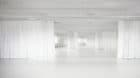 Dauerauftrag für Maler im HGK-Gebäude: Zu viele Füsse verderben den Boden.