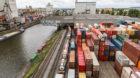 Die Kapazitäten des Container-Terminals im Hafenbecken eins reichen nicht mehr aus.
