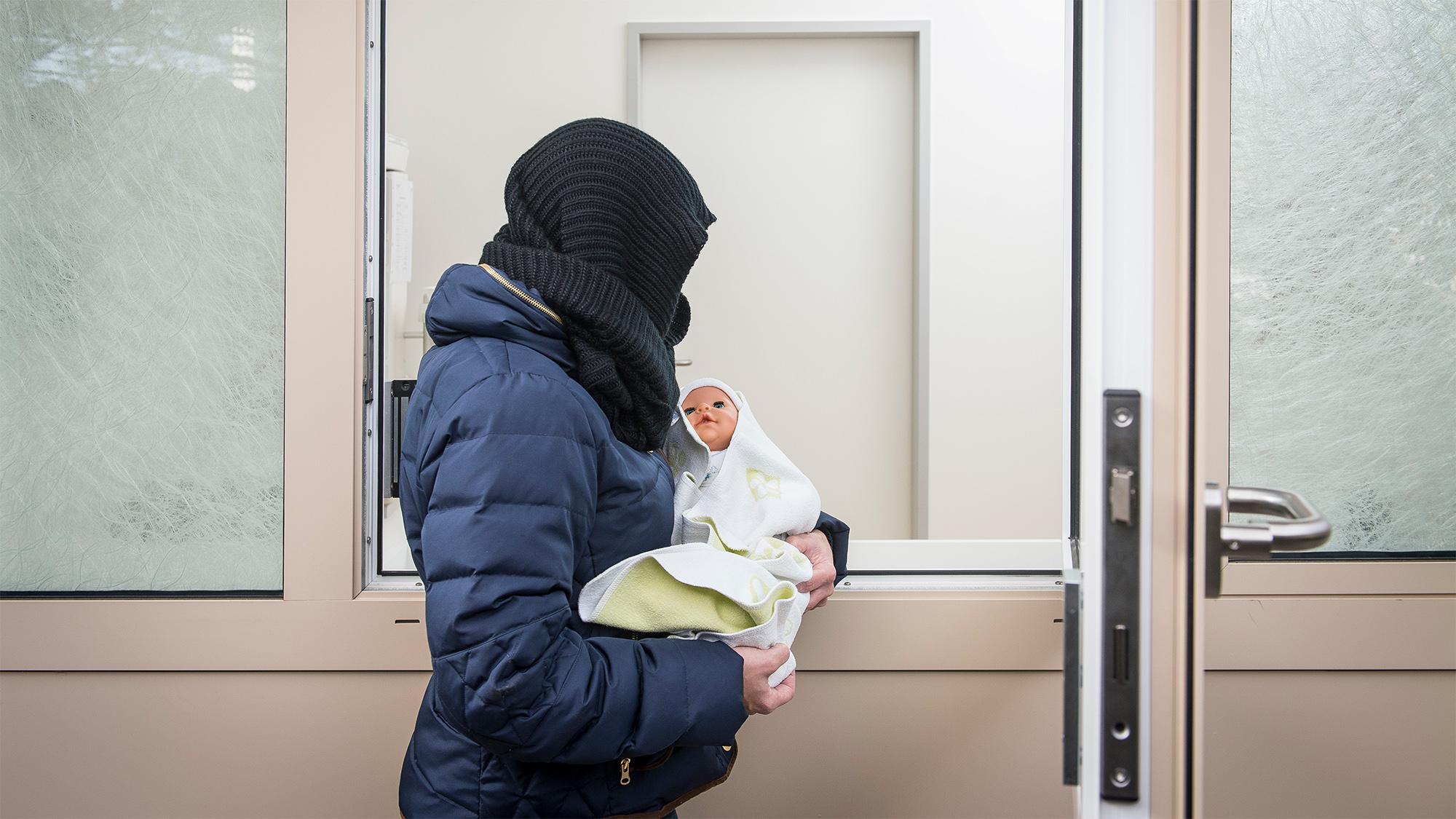 Das erste Babyfenster der Region Basel beim Bethesda Spital: Am 21. September 2017 wurde hier ein Baby abgegeben (Symbolbild)