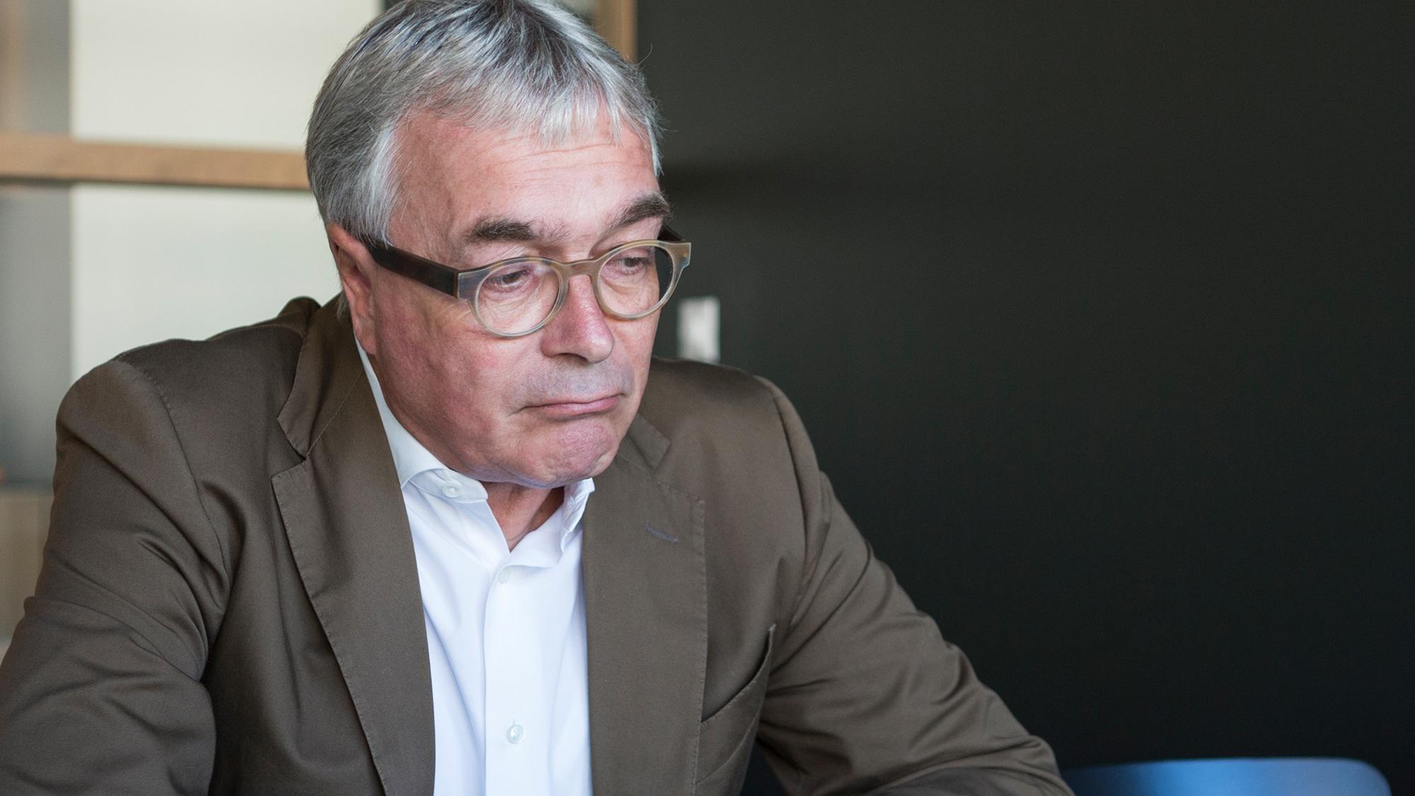 Der Basler Sozialdirektor Christoph Brutschin strebt keine allzu drastische Kürzung an.
