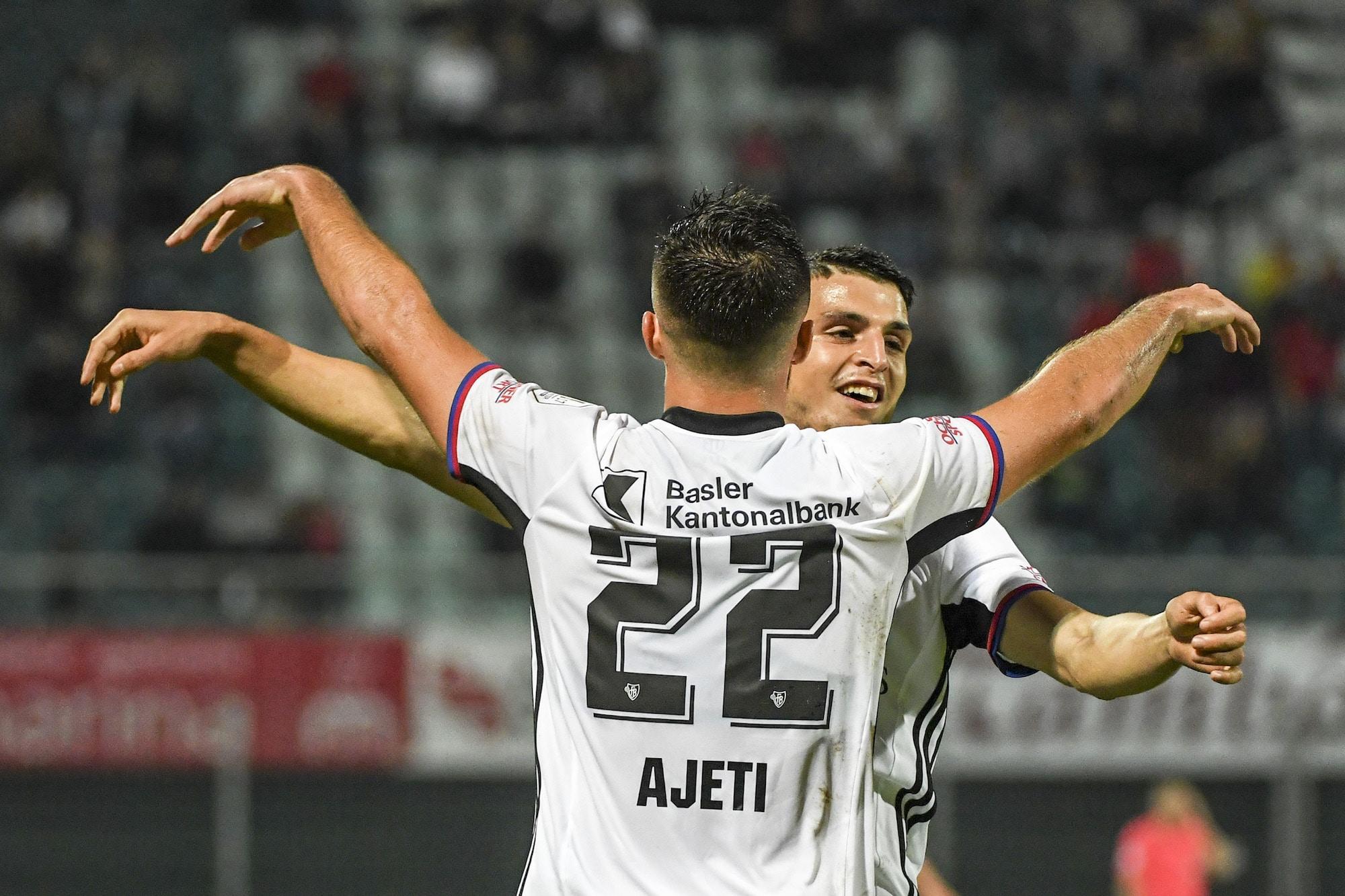 14.10.2017; Lugano; Fussball Super League -  FC Lugano - FC Basel; Albian Ajeti (Basel)  und Mohamed Elyounoussi (Basel) jube