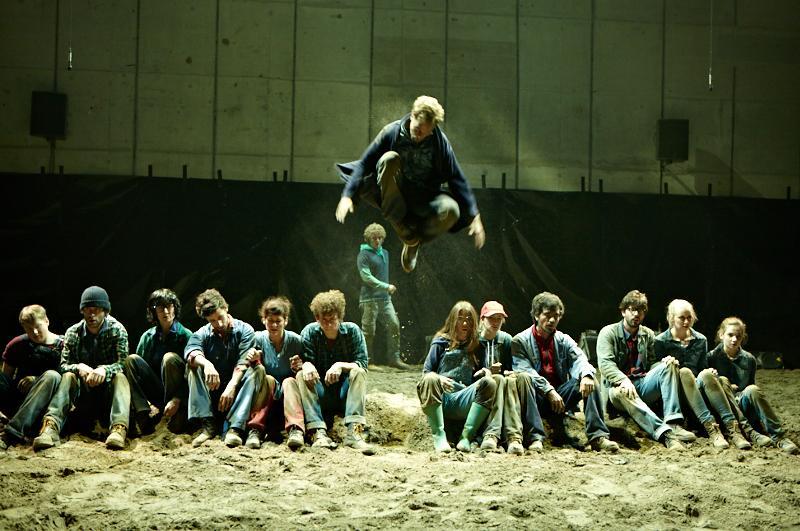 Immer wieder gelang es einzelnen jugendlichen Mitwirkenden, das Junge Theater Basel als Sprungbrett für eine grosse Bühnen-
