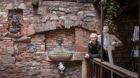 Ein Flaneur und seine Trouvaillen: Christoph Goichon einmal mehr an einem versteckten Ort.
