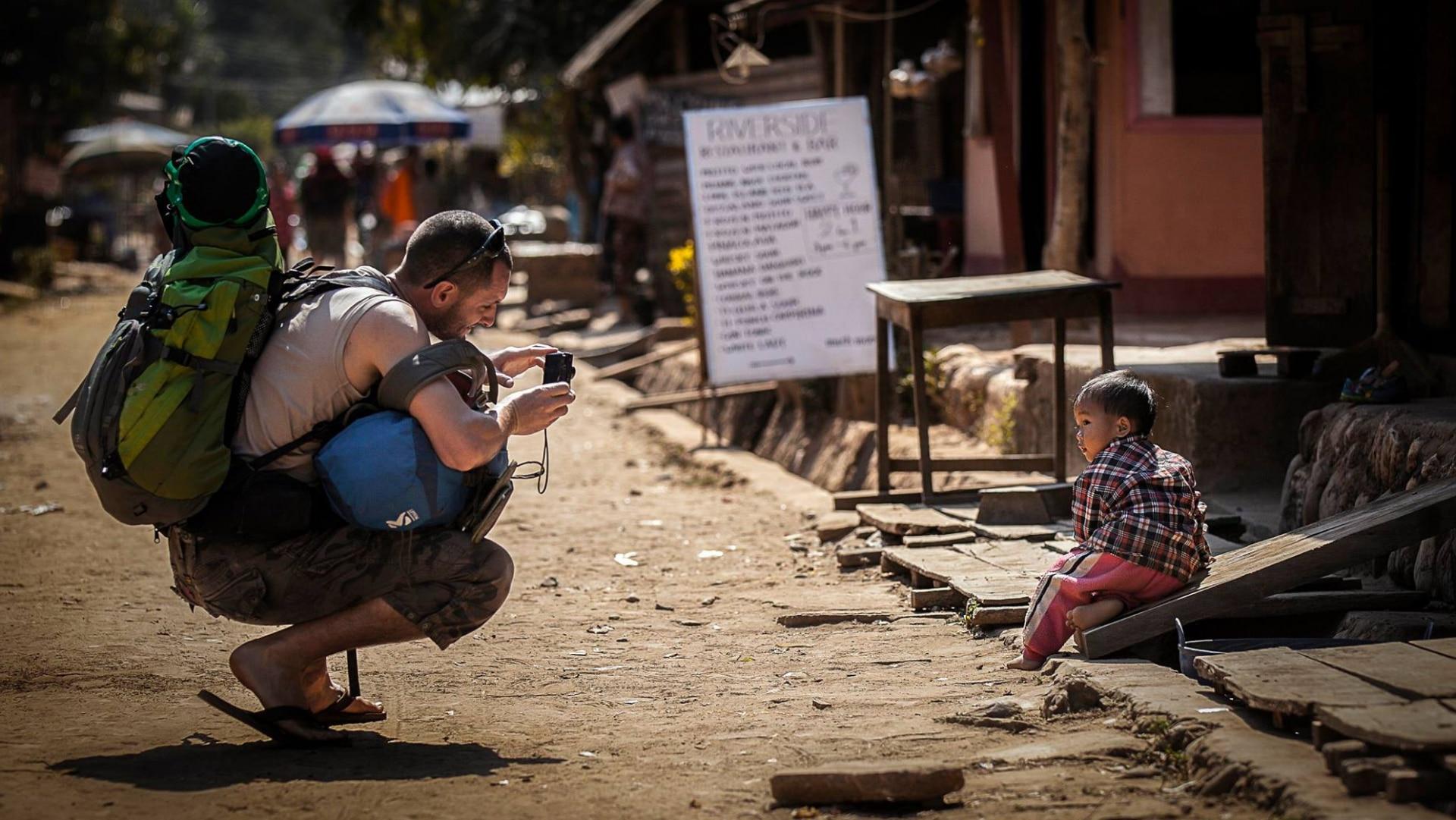 Viel näher als durch die Kamera kommt man fremden Kulturen auch vor Ort nicht.