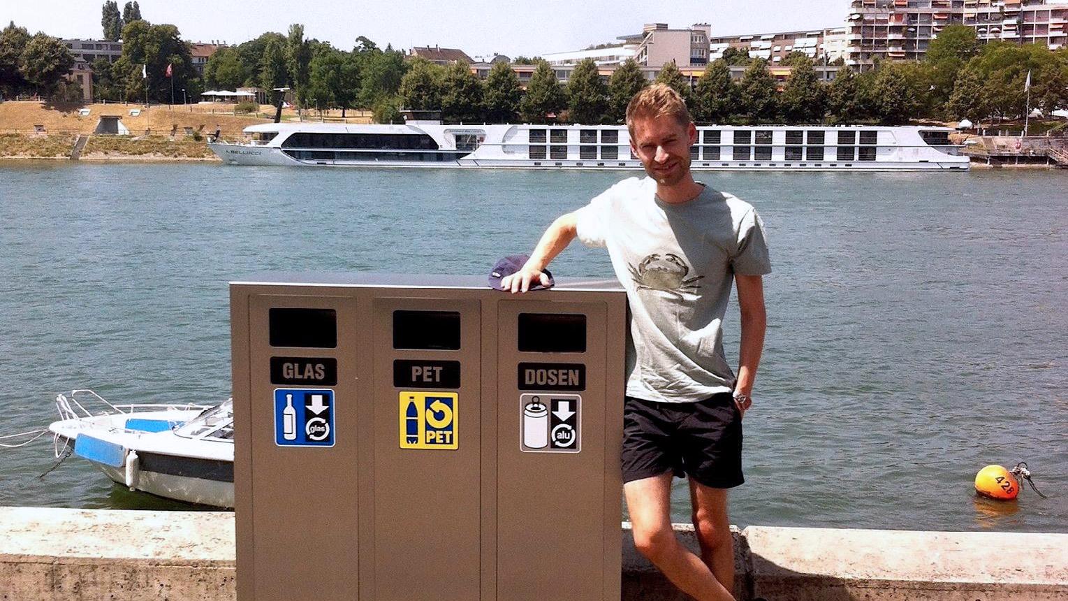 Der Versuch mit den Recycling-Containern geht auf eine Petition des Aktivisten Simon Aeberhard zurück.