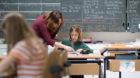 Tagesschule Bungertwies in Zuerich am 12. Maerz 2015.Französisch Stunde bei der Mittelstufe(KEYSTONE/Gaetan Bally)