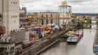 Viel Betrieb: In den Rheinhäfen gab es 2017 viel Arbeit.