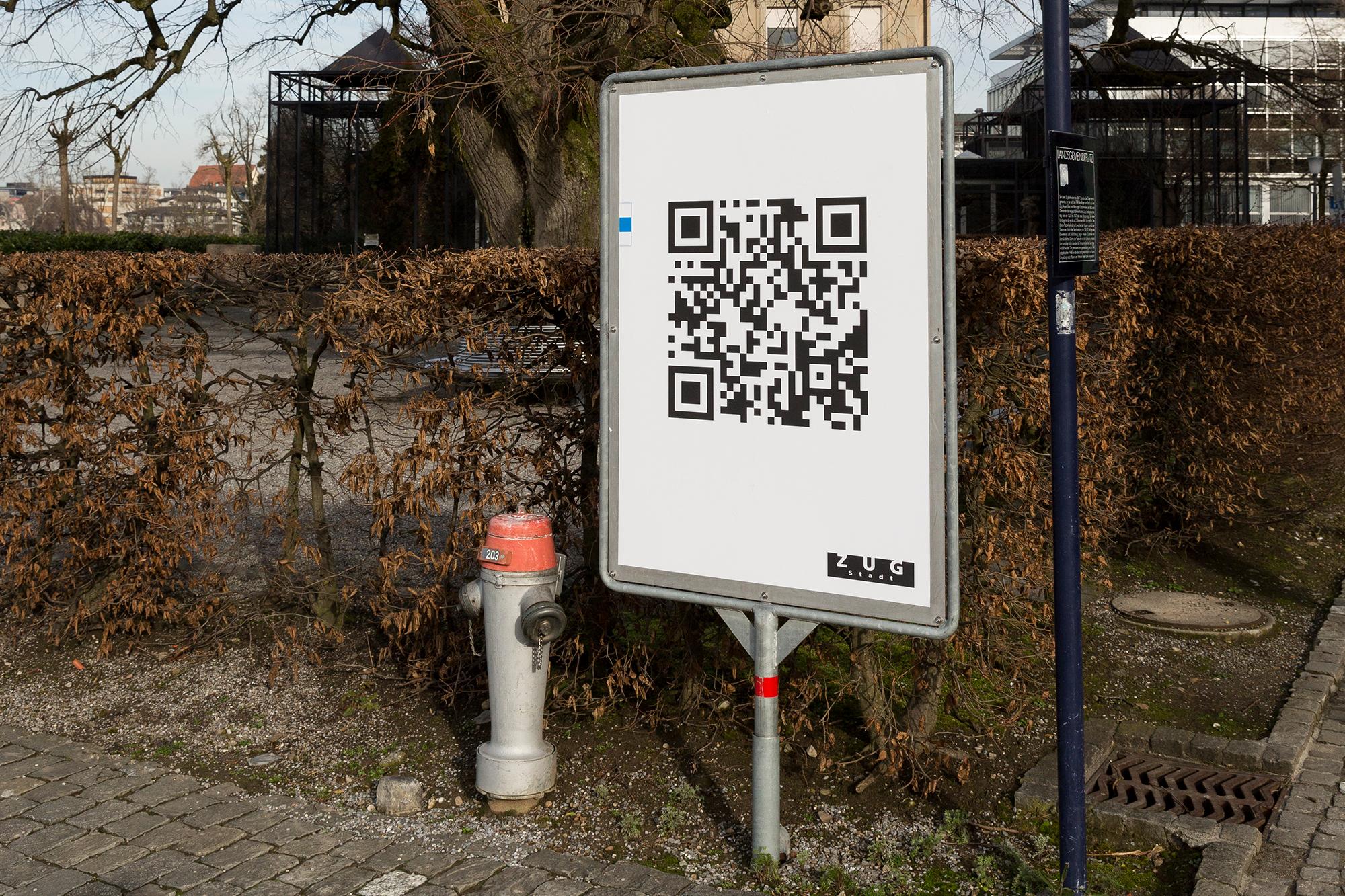 In Zug hat man sich die Digitalisierung des Gemeindewesens auf die Fahne geschrieben und auf Plakate gedruckt.
