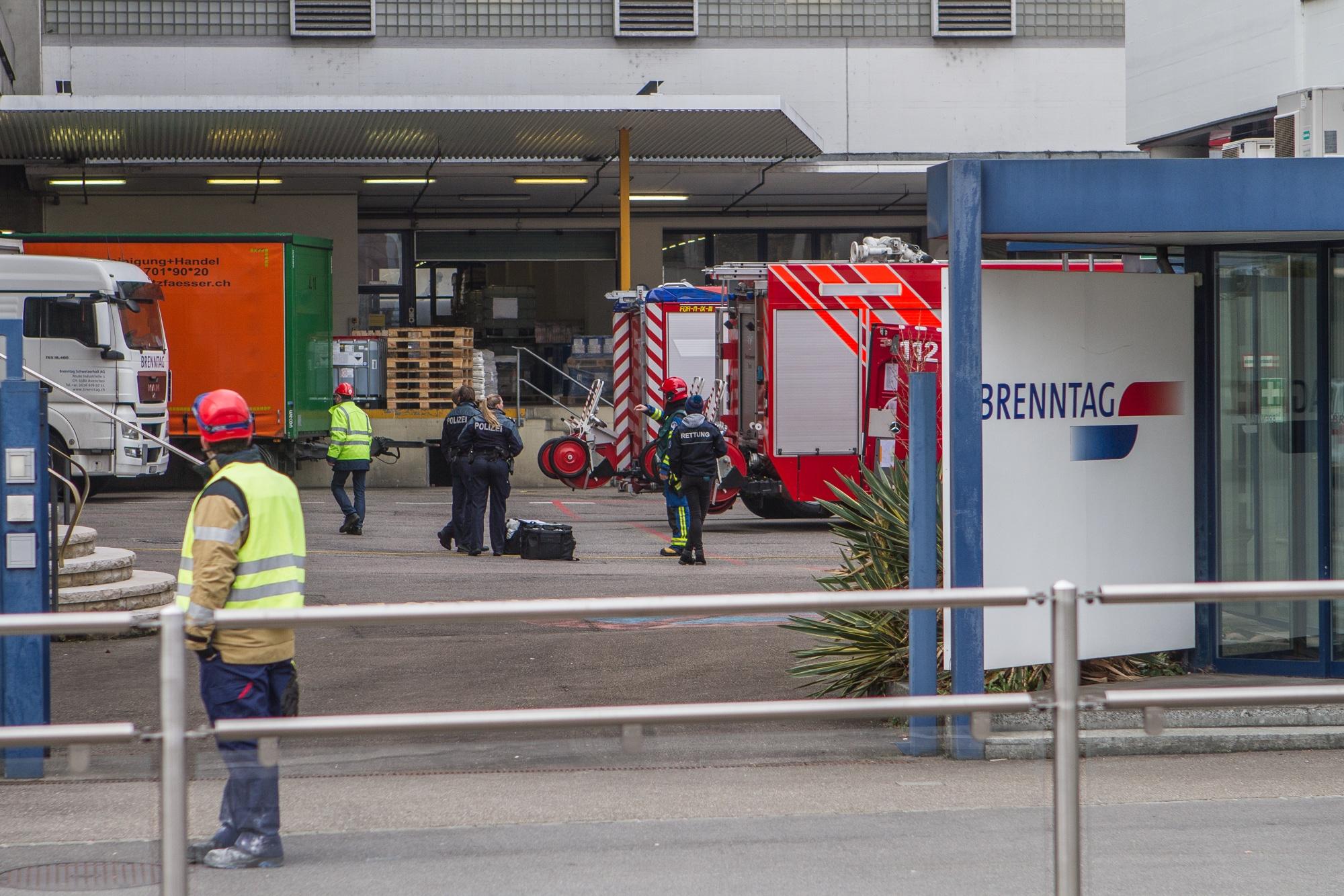 Grosser Einsatz bei kleinem Vorfall: Am Dienstagmorgen war viel Blaulicht bei der Brenntag AG.