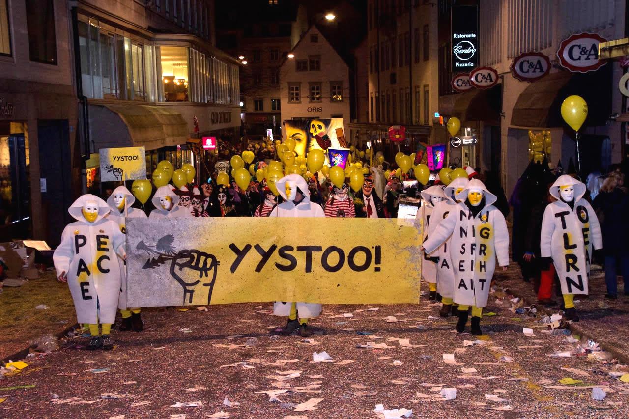 Die Aktion «Yystoo» will auf Ungerechtigkeiten auf der Welt aufmerksam machen.