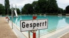(GERMANY OUT) Germany - North Rhine-Westphalia - Bonn: closed swimmingpool (Photo by JOKER/Karl-Heinz Hick/ullstein bild via