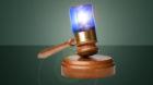 Strafgerichtspräsident Lucius Hagemann nahm es freundlicherweise auf sich, die widersprüchlichen Aussagen der Polizei gleic