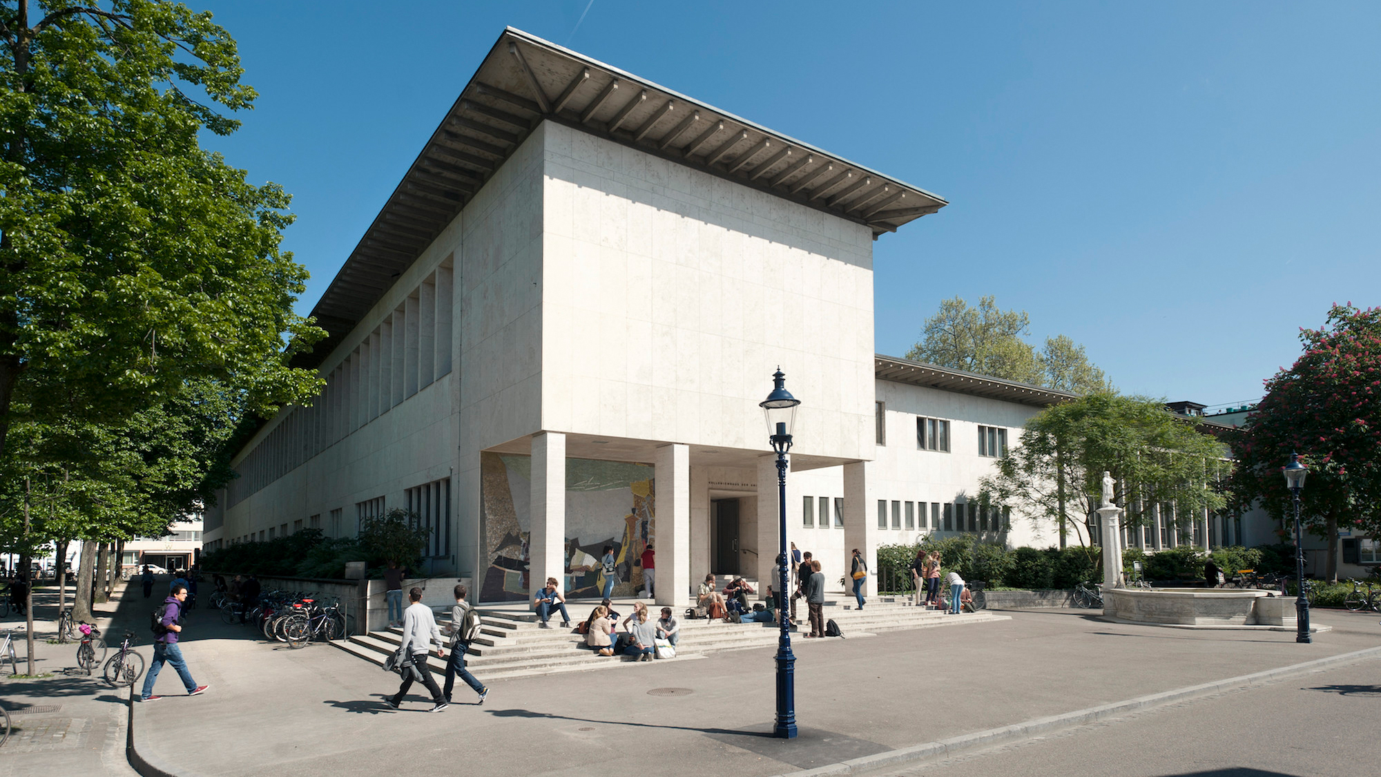 Universität Basel, Mai 2013, Bild Christian Flierl