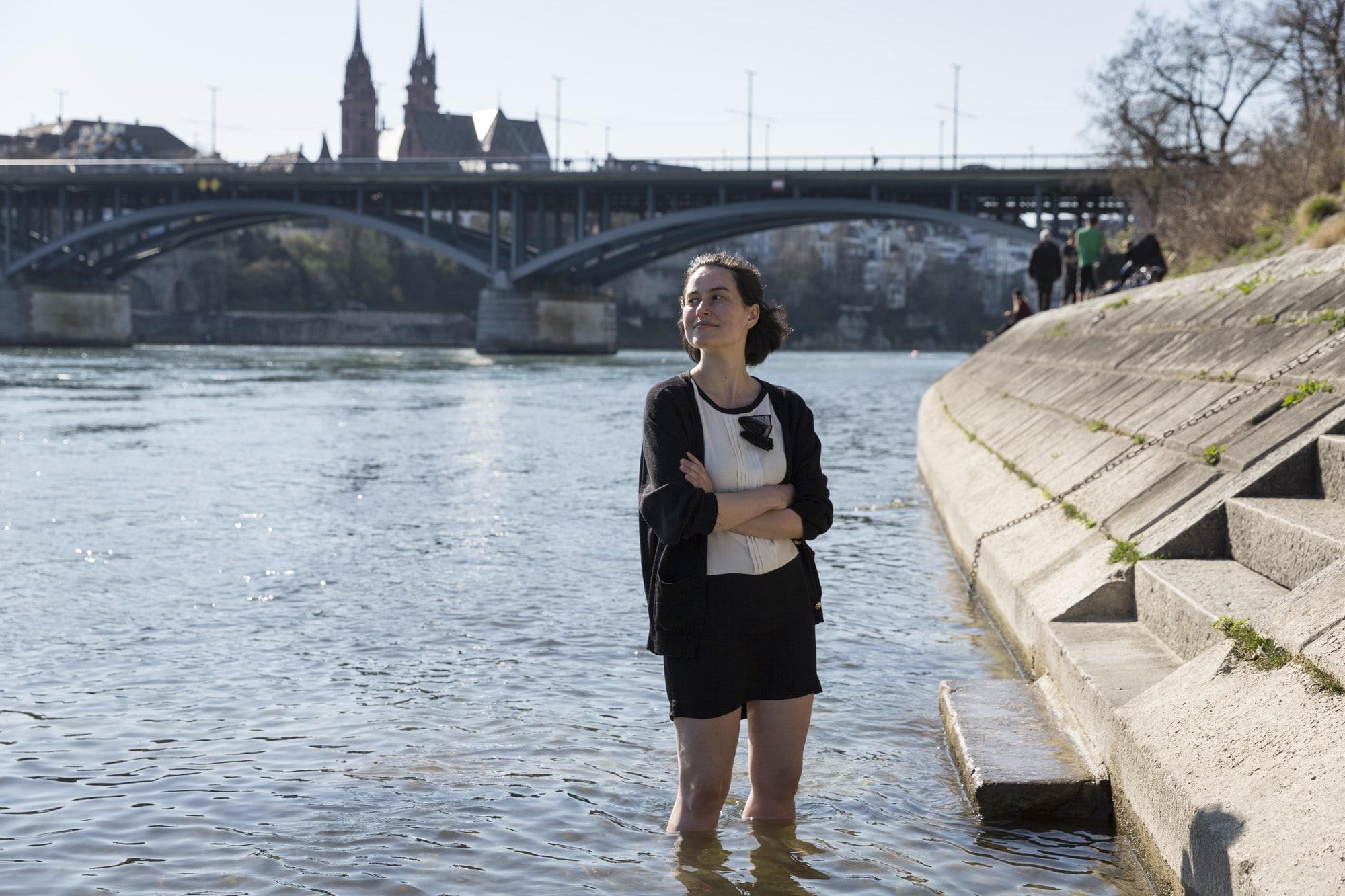 Als sie noch in Basel lebte, sei sie bereits Mitte April in den Rhein gestiegen, sagt Yael Inokai.