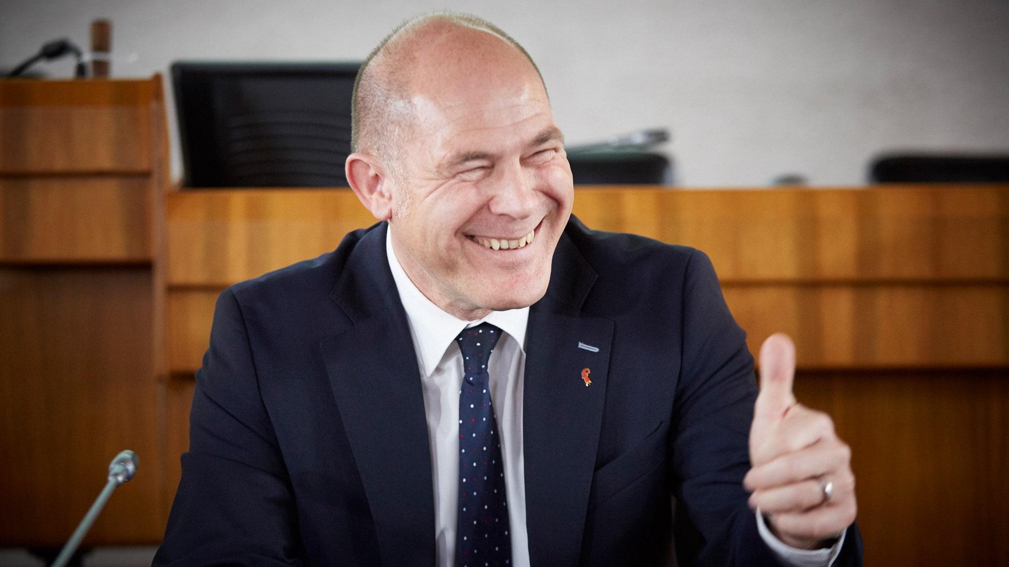 «Wir haben den Turnaround geschafft». Finanzdirektor Anton Lauber ist endlich so richtig zufrieden mit seinen Finanzen.