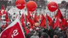 2500 Menschen demonstrierten am 1. Mai in Basel gegen Lohnungleichheit.