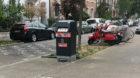 Effizienz vor Eleganz: ein Prototyp der neuen Basler Abfallkübel an der Mittleren Strasse.