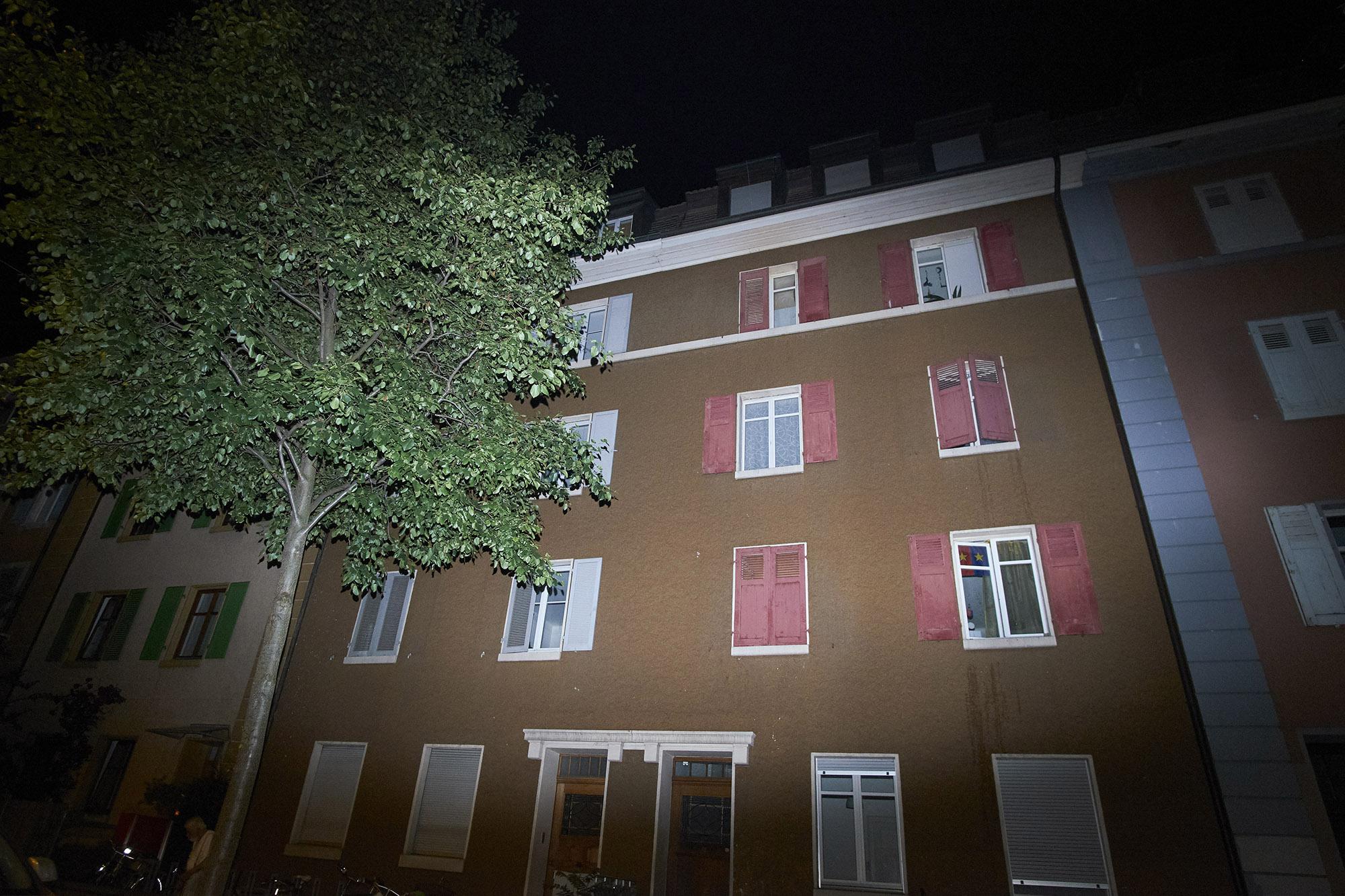 In diesem Haus an der Gasstrasse müssen sich die Bewohner in ihrer Verzweiflung von Vermieterin L. viel gefallen lassen.