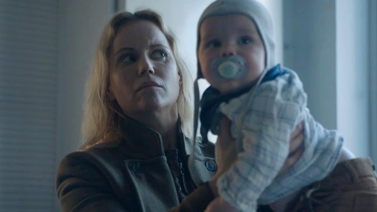 Kommissarin Saga Norén (Sofia Helin) in «Bron/Broen» hat grösste Mühe mit Kindern.