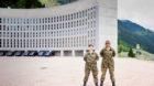 Saskia Feusi (links) und Denisiya Pulendran haben sich freiwillig für den Militärdienst gemeldet. Mit unterschiedlichen Zie