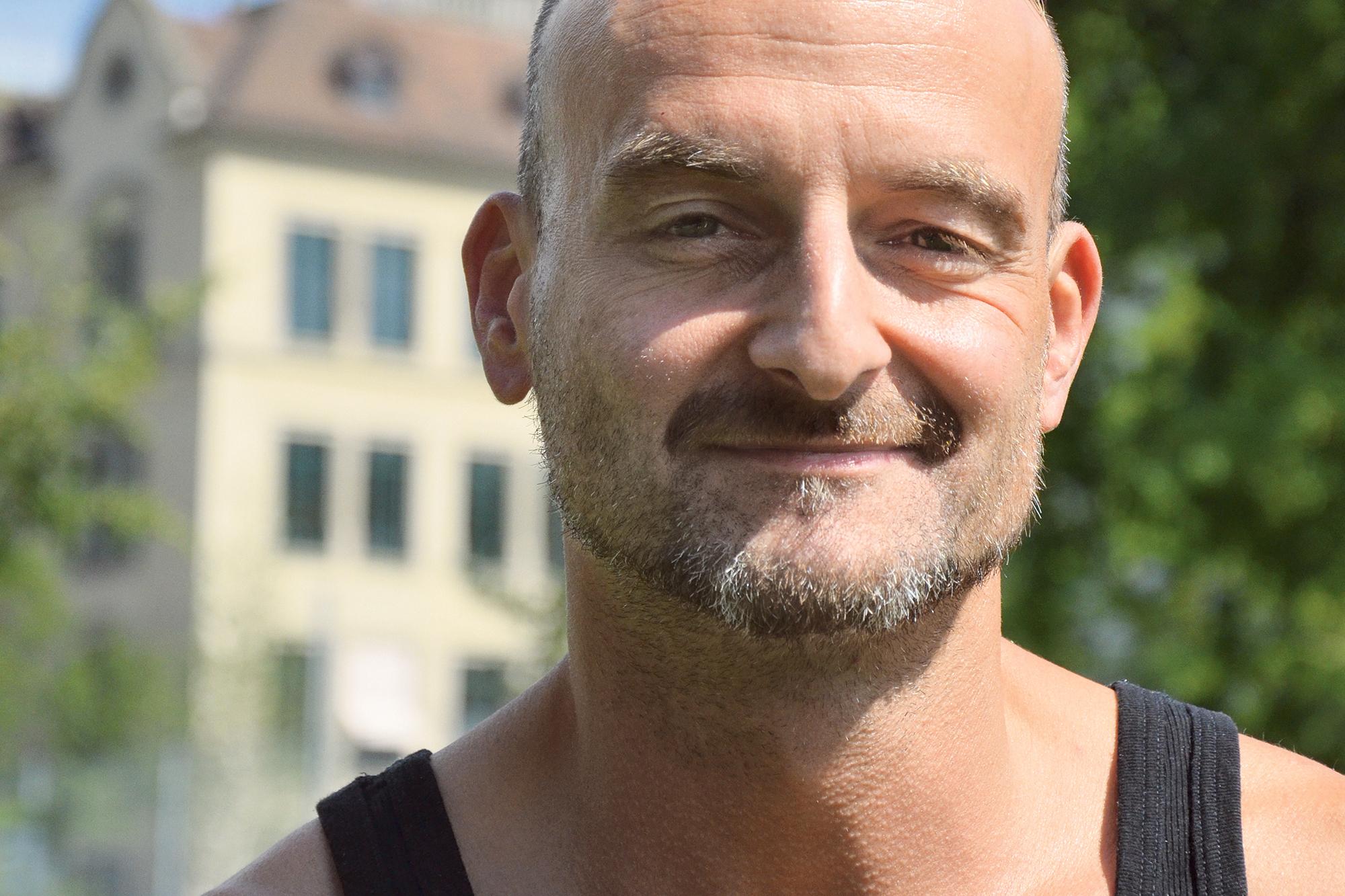 Kennt die Dreirosenanlage wie seine eigene Westentasche: Marc Moresi von der Freizeithalle Dreirosen.