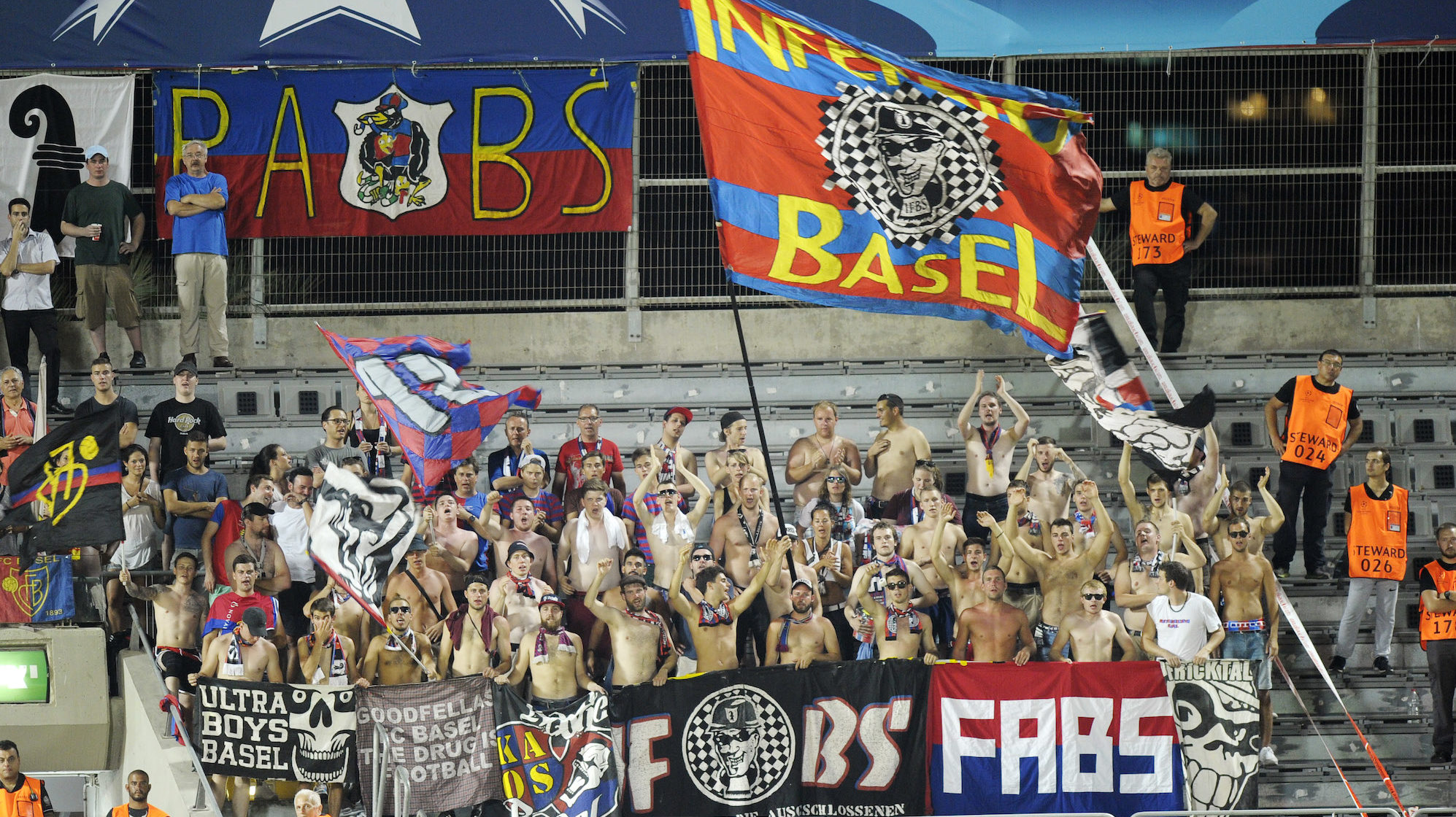 25.08.2015; Tel Aviv; Fussball Champions League FC Basel - Maccabi Tel Aviv; Fans aus Basel; (Steffen Schmidt/freshfocus)