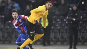 27.02.2018; Bern; Fussball Schweizer Cup - BSC Young Boys - FC Basel;Raoul Petretta (Basel) gegen Guillaume Hoarau (YB) (Ur