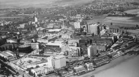 In der Basler Wirtschaftsgeschichte gibt es noch einige weisse Flecken. Das Bild aus dem Jahr 1961 zeigt das Sandoz-Areal (he