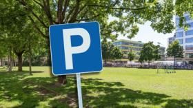 Grau statt Grün: Anwohner wehren sich mit Petition gegen das geplante UKBB-Parking.