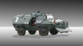 Bildnummer: 51890185  Datum: 30.05.2007  Copyright: imago/BildwerkPolizeipanzer an einer Kontrollstelle f¸r den G8-Gipfel i