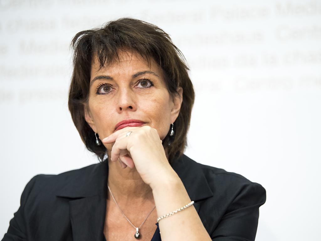 Bundespräsidentin Doris Leuthard hat sich erstmals konkreter zu ihrem Rücktrittszeitpunkt als Bundesrätin geäussert: Spä